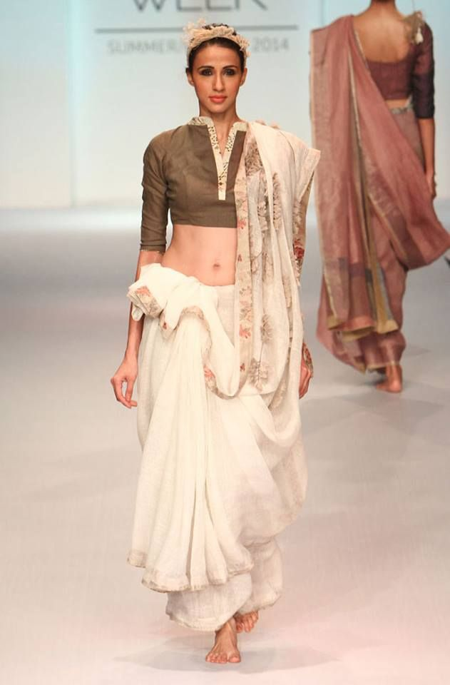 Anavila Misra| S/R 2014| Lakme Fashion Week. Photo credit: D.Mazumdar/ Vogue India.