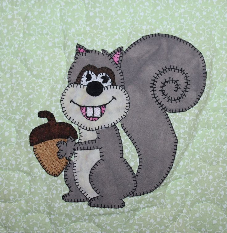 Squirrel PDF applique quilt block pattern; whimsical child's or baby quilt pattern; forest or woodlands animal quilt applique pattern by MsPDesignsUSA on Etsy