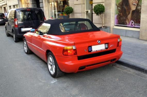 BMW Z1, une voiture de collection proposée par Jérôme T.