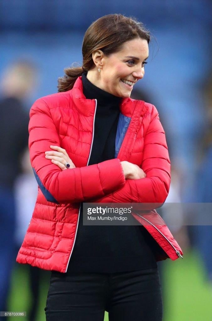 News Photo : Catherine, Duchess of Cambridge visits Aston...