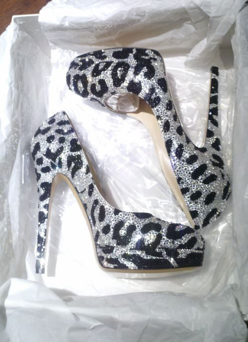 Cheetah High Heels.. Talk about some pretty shoes!