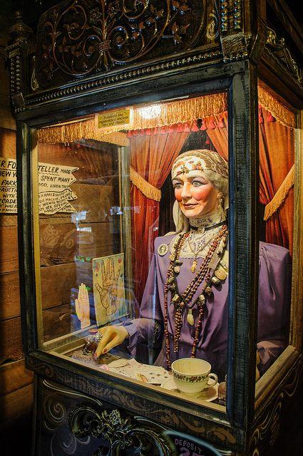 Tinkertown fortune teller