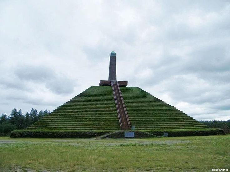 Piramide van Austerlitz, Zeist.