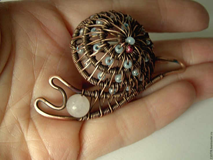 """Купить Медная брошь """"Улитка"""" - wire wrap, wire work, коричневый, брошь, украшение из меди"""