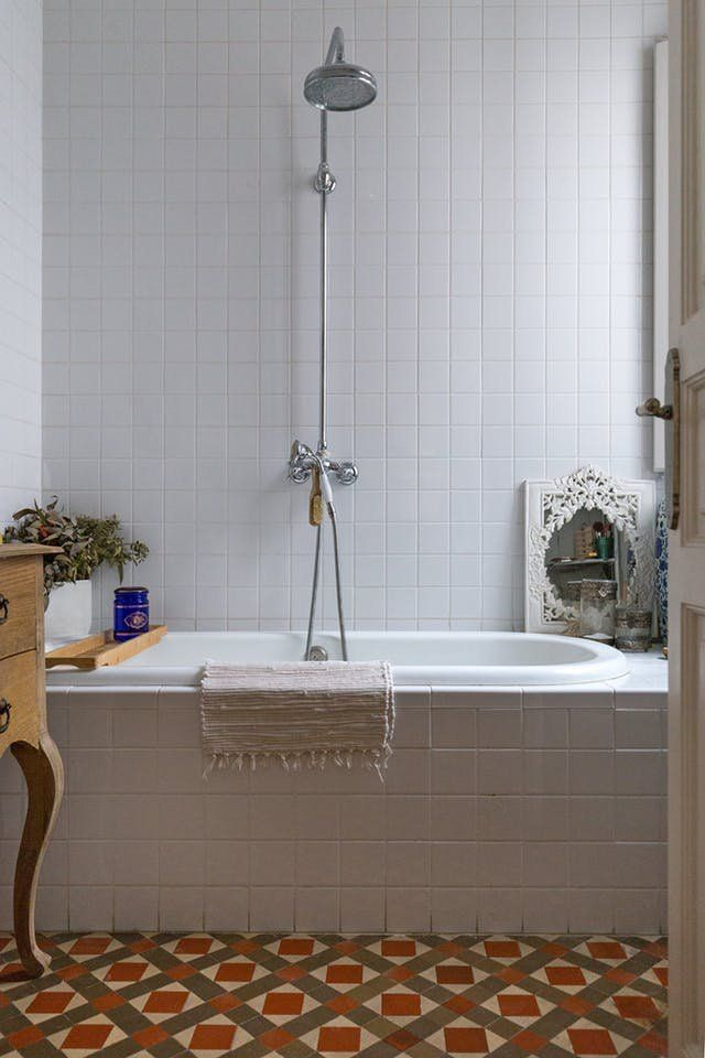 ​This Weekend: Clean Your Bathroom Grout | Apartment Therapy