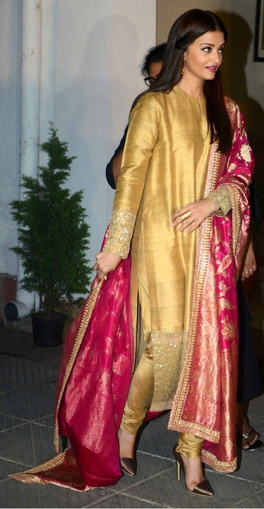 7 Stylish Suits must have in Every Girls Wardrobe for Wedding Seasons!