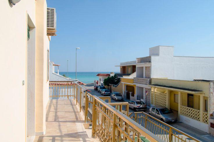 Appartamento Filippo 1P SX con balcone e vista mare a soli 50 metri dalla famosa spiaggia di Torre Lapillo di Porto Cesareo. #MiPiaceilSalento