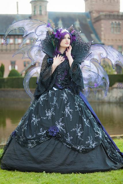 2012-04-21 Elf Fantasy Fair, edition Haarzuilens 2012, Jumeria by Qsimple, via Flickr - This is simply beautiful!
