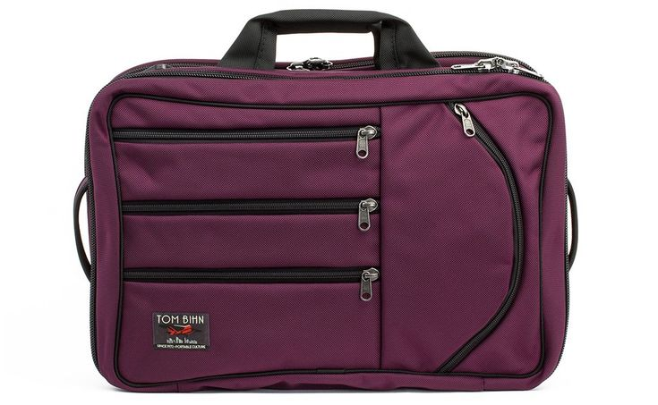 """Tom Bihn--The Tri-Star measures 19"""" x 13"""" x 8"""" (480 x 330 x 205 mm), putting it between the Western Flyer and the Aeronaut in size. It's a perfect size carry-on for use in Europe and Australia, where airlines' carry-on sizing requirements are more conservative than in the United States"""
