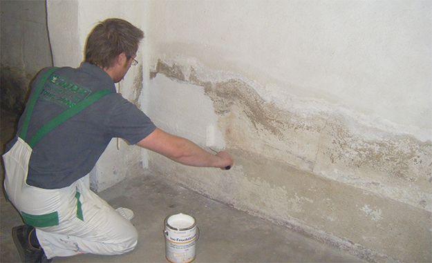 Feuchte Wände streichen mit Jaeger Iso Feuchtbloc…
