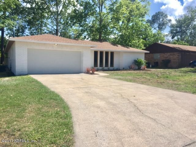 Completely remodeled Orange Park home that features a spacious open floor plan with all the updates and is move in ready. Kitchen upgraded with new cabinets, granite countertops and stainless steel appliances. Bathroom have been upgraded with newly tiled shower and fixtures. Large bedrooms with ...
