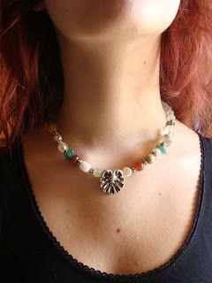 foto hand made jewels  Φωτεινή Μάμαλη: Κολιέ με πολύχρωμους αχάτες  http://fotinihandjewels.blogspot.gr/ Αυθεντικά χειροποίητα κοσμήματα με  ημιπολύτιμους λίθους σε φοβερές τιμές!  Στοιχεία επικοινωνίας fotinimamali@yahoo.grή magdalini36@yahoo.gr?