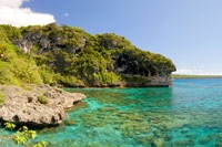 Loyalty Islands - Provides information on things to do, accommodation, etc for all three islands