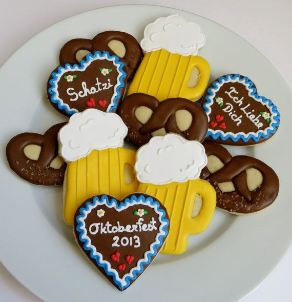 """Oktoberfest decorated cookies: beer stein, """"Gingerbread hearts"""" and pretzels"""