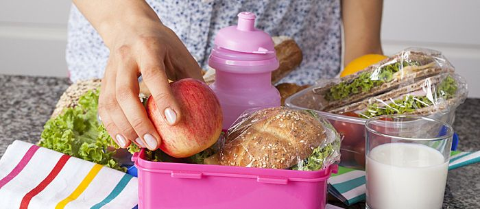 From bento boxes to character lunch bags, here are 20 of the best lunch boxes for kids.