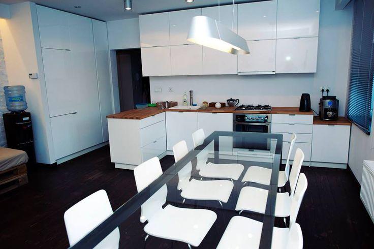 #kitchen #white #wood #stylish #urban