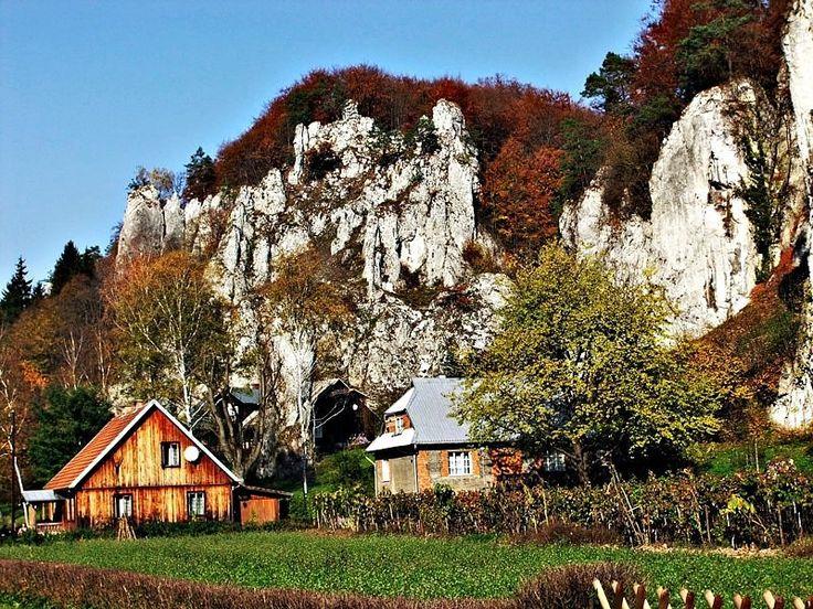 Ojców w jesiennej szacie // Ojców in the autumn #Poland #landscape