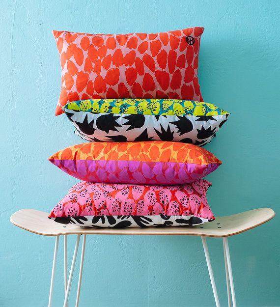 coussin 20 « x 12 » / / écran lumineux et coloré imprimé lombaires coussins décoratifs pour la maison ensemble de deux / / cadeaux pour lui / / fête des mères / /