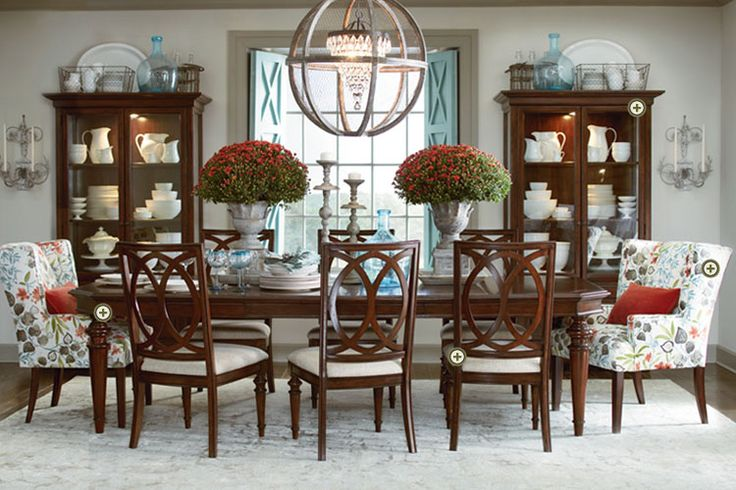 https://i.pinimg.com/736x/9e/50/65/9e5065ea45edd1b4fc8fd5612fa9f1b0--dinning-table-dining-rooms.jpg