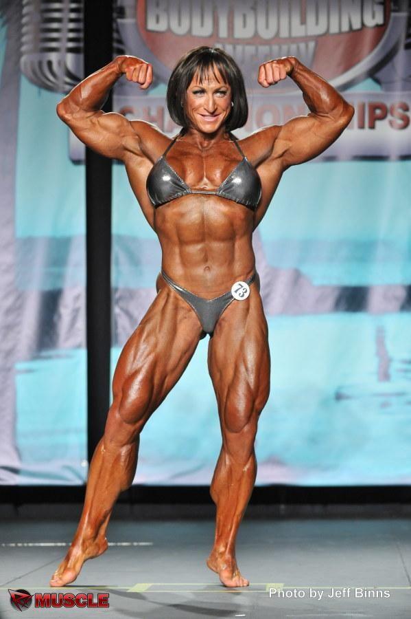 Christine Envall IFBB Pro female bodybuilder | Christine ...