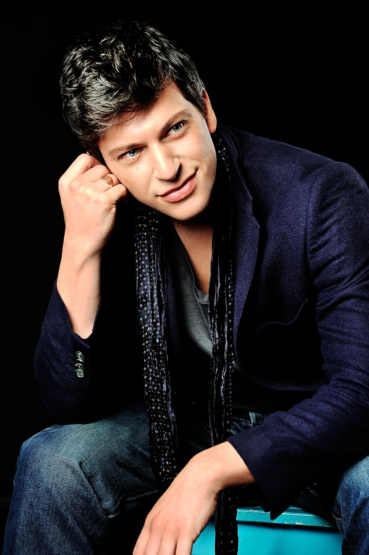 Patrizio Buanne | Ridgefield Playhouse |  October 12, 2013