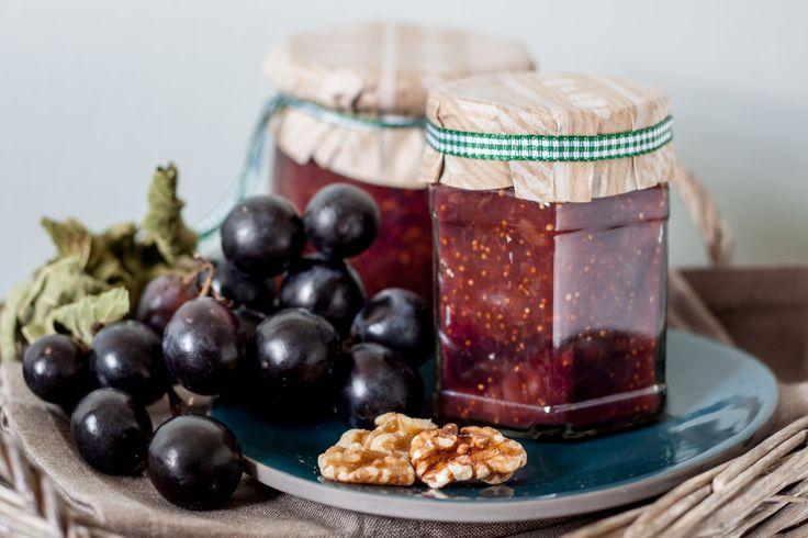 Feigen-Trauben Marmelade mit Walnüssen