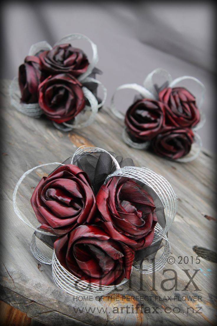 Burgundy flax flower bridesmaids bouquets by Artiflax