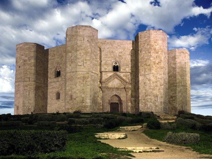 Castel del Monte - XIII secolo - Puglia (Italy)