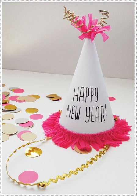 New Year's Eve party hat diy