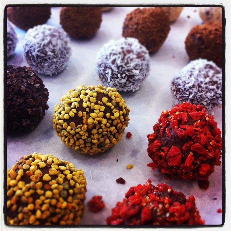 Matthew Kenney Academy | MATTHEW KENNEY CUISINE (GORGEOUS TRUFFLES. cacao nibs. coconut. bee ...