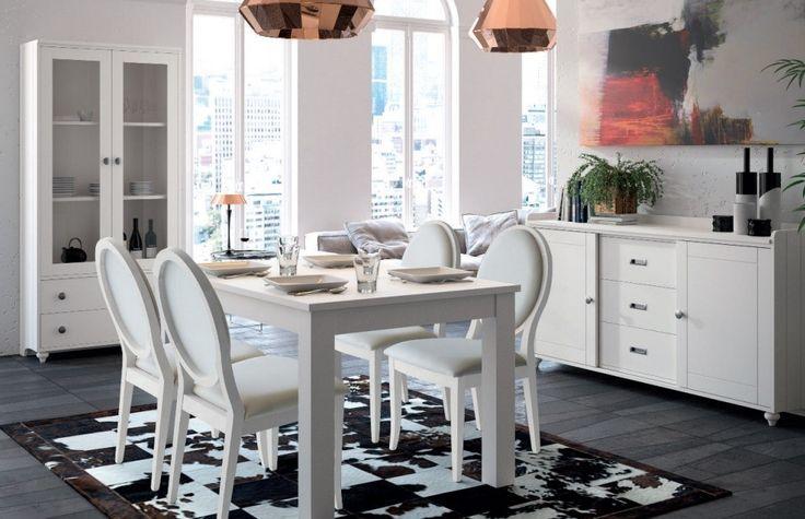 GET THE LOOK   Comedores de estilo colonial  Consigue un espacio sencillo y elegante con el #comedor Baviera: #vitrina + #mesa extensible + #sillas + #aparador #Decoración   Diseño de interiores, muebles de comedor, mobiliario, interior design, interiorismo,