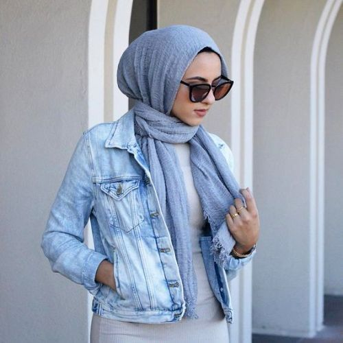 Denim jacket with hijab-Modern and fashionable hijab outfits – Just Trendy Girls
