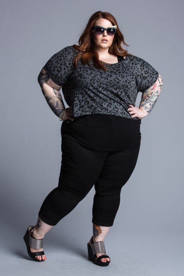 толстые в одежде фото делают то