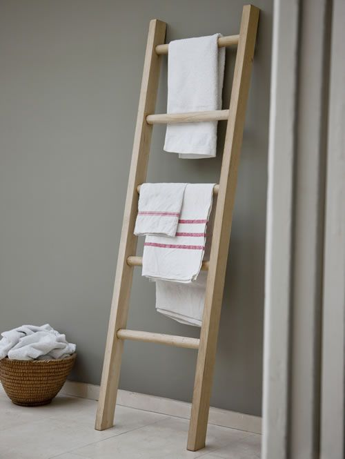 Solid+Oak+Towel+Ladder