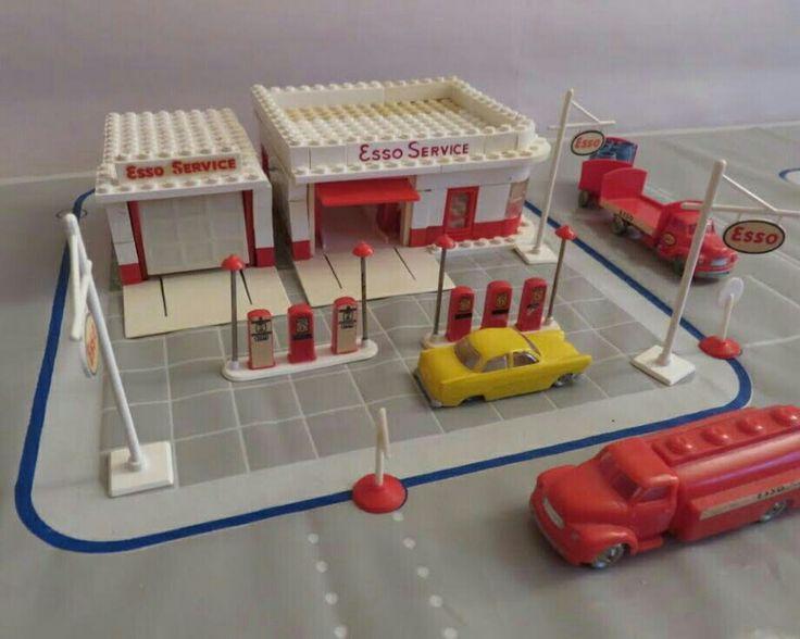 Assembled vintage Lego Esso station