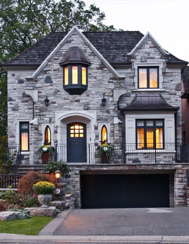 Stone Front House winter front landscaping ideas for great curb appeal | stone
