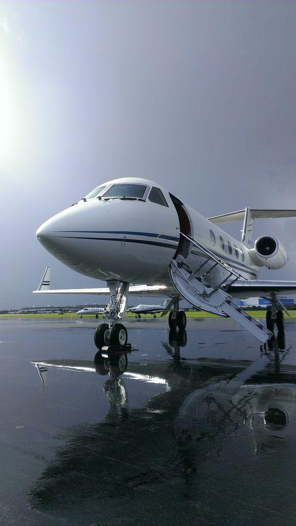 Gulfstream III KTPA   by Daniel Piraino