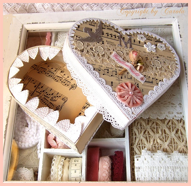 Vintage inspired lace heart box