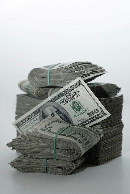 die Antwort auf 90% aller Probleme ist Geld.... Geld ist eines der kreativsten Werkzeuge.