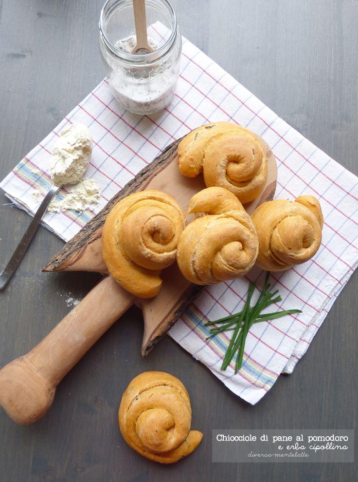 chiocciole di pane al pomodoro con #pastamadre