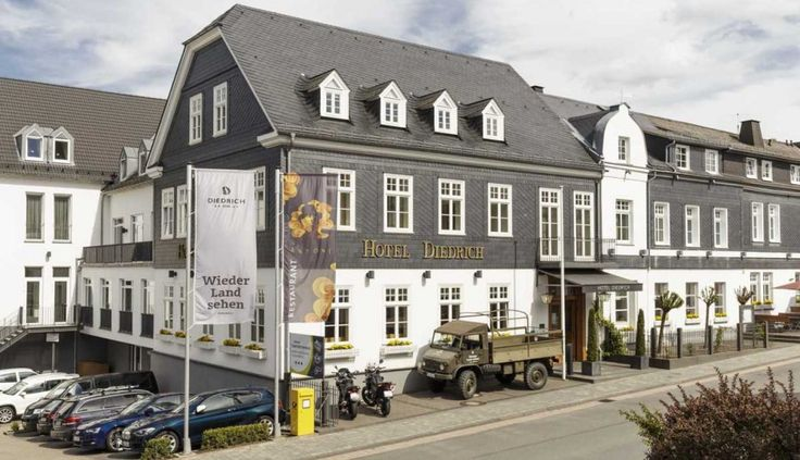 11 best hotels und resorts deutschland images on pinterest holiday destinations resorts and. Black Bedroom Furniture Sets. Home Design Ideas
