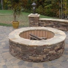 perfect. simple. DIY backyard firepit