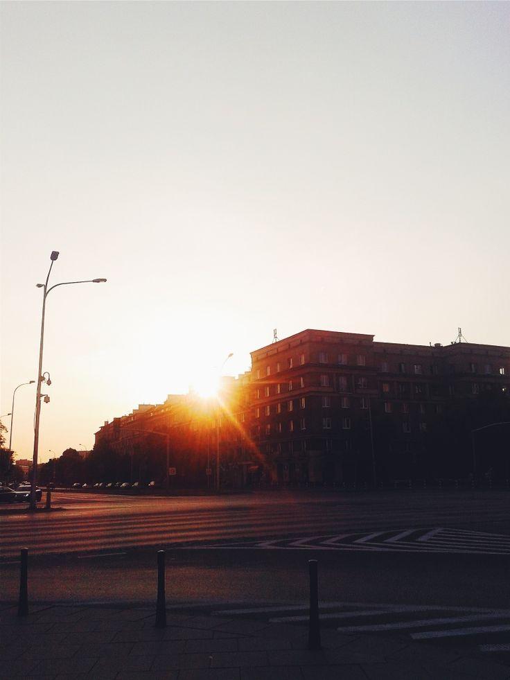 #poland #warsaw #sky #city #urban #buildings #architecture #light #chasinglight #sunset #sun #goldenhour