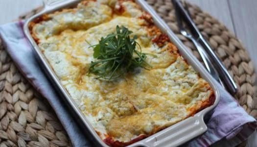 Zelfgemaakte lasagne (geen kant-en-klaar of uit een pakje). Nog lekkerder met verse tomaten!