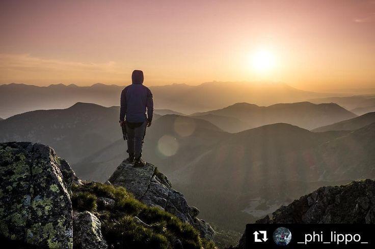 Hollywood by to mohol rovno použiť do filmu  to sú #praveslovenske východy slnka od @_phi_lippo_  Sweet home Slovakia --- Fujifilm X-E2