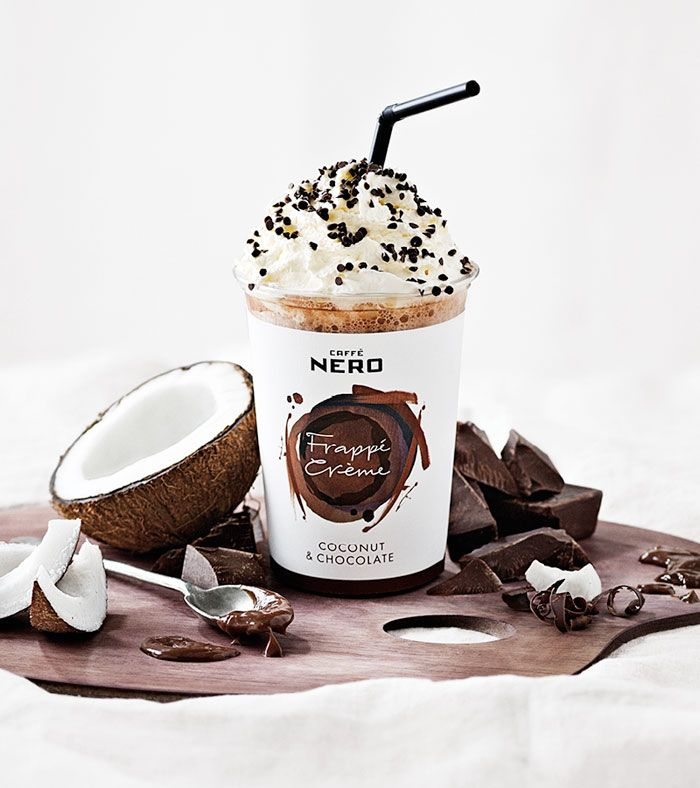 or summer 2013, Caffè Nero has expanded its Iced Drinks range with the wonderful Frappé Crème, an indulgent new drink that blends milk and ice with fruit purees and syrups. Together Design has designed a vibrant cup with a painterly motif in different colours to suit the three flavours: Strawberry & Vanilla, Coconut & Chocolate, Banana & Toffee.