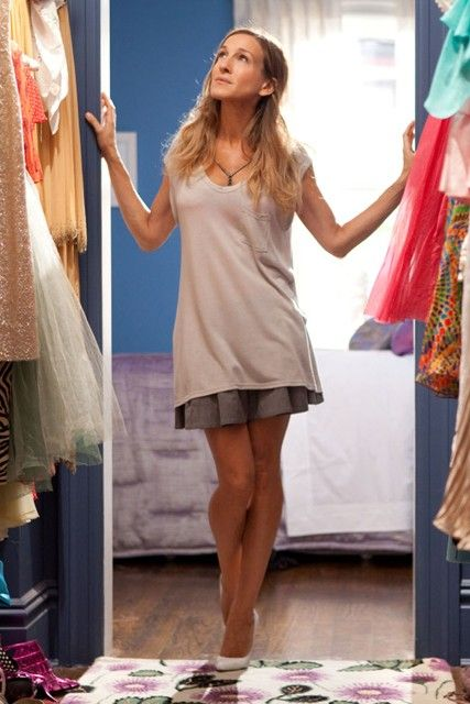 carrie bradshaw style highs lows sarah jessica parker r cke und stil. Black Bedroom Furniture Sets. Home Design Ideas