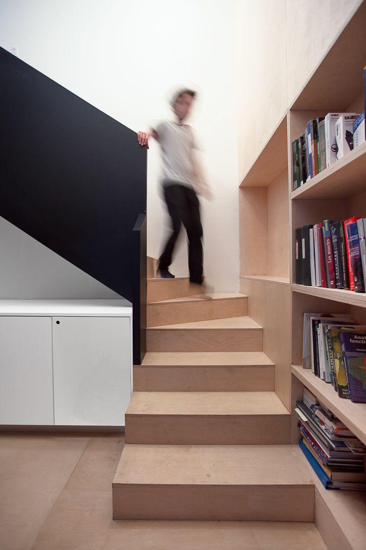 APPAREIL architecture / maison PERCÉE / Escalier_sous-sol