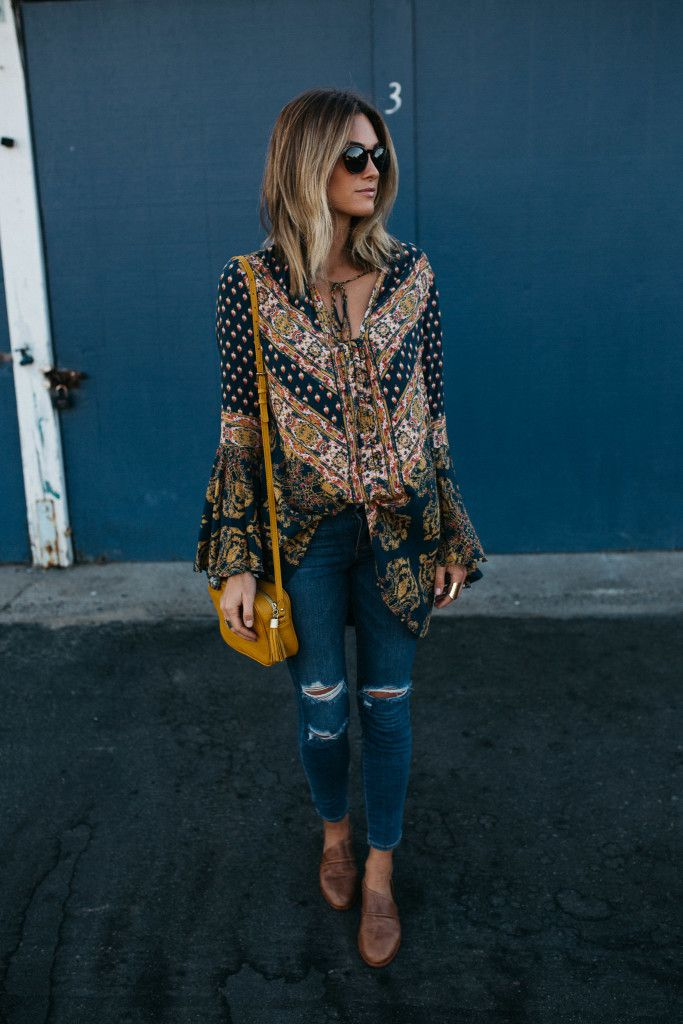 This top is now on sale!  And it's such a good top, I love the print.  It can actually be worn as a dress as well – as long as it's not a windy day ;).  Nordstrom | Palms to Pines | 'Magic Mystery' Tunic Top FREE PEOPLE