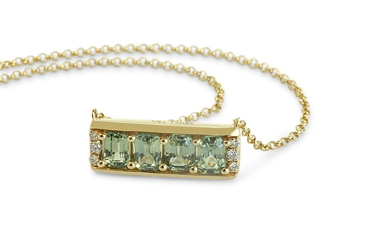 18 ct yellow gold green amethyst/prasiolite necklace set with small side diamonds